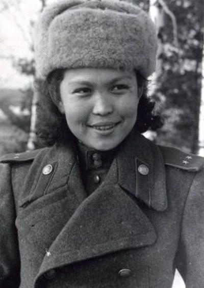 фото казахской медсестры пулемётчицы.