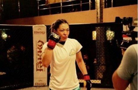 Қазақ қызы Зәмзәгүл Файзолланова ережесіз жекпе-жектен UFC-ге дайындалып жатыр